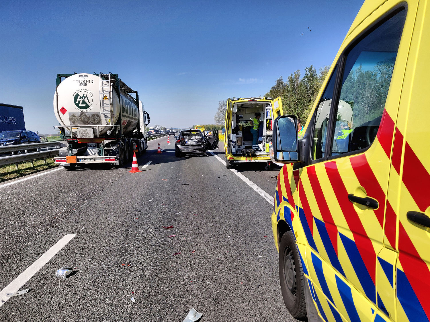 Accident on the A59 motorway at Waspik, on 18 April 2019 (photograph: Marcel van Dorst)